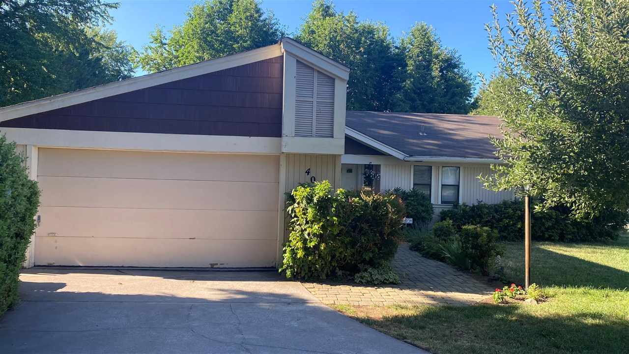 This is your opportunity to own a cute home in a great location!  Walking distance to downtown Mt. Shasta, restaurants, and shops.  Only minutes away from the Mt. Shasta Golf Course, and the Mt. Shasta Board and Ski Park. This home sports an open floor plan, vaulted ceilings, and spacious fenced backyard.