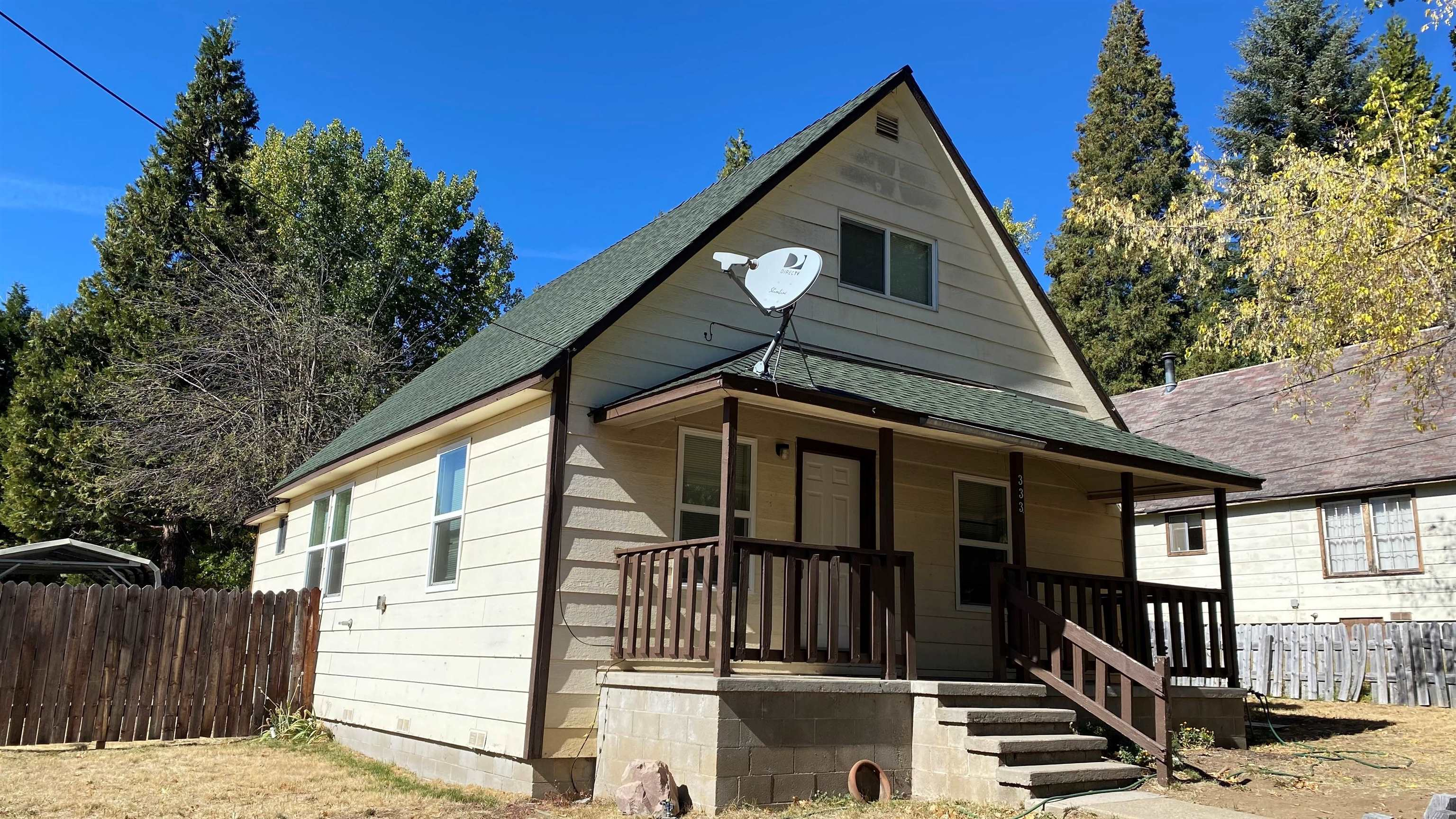 Great starter home in beautiful McCloud.  This home sports a new kitchen and and flooring downstairs and large bedrooms upstairs.  You will love the open floor plan that offers plenty of natural light throughout the house.  Nice shed and carport of the alley access.  Just minutes from downtown McCloud, Lake McCloud, Mt. Shasta Board & Ski Park.  Would make for an amazing second home.