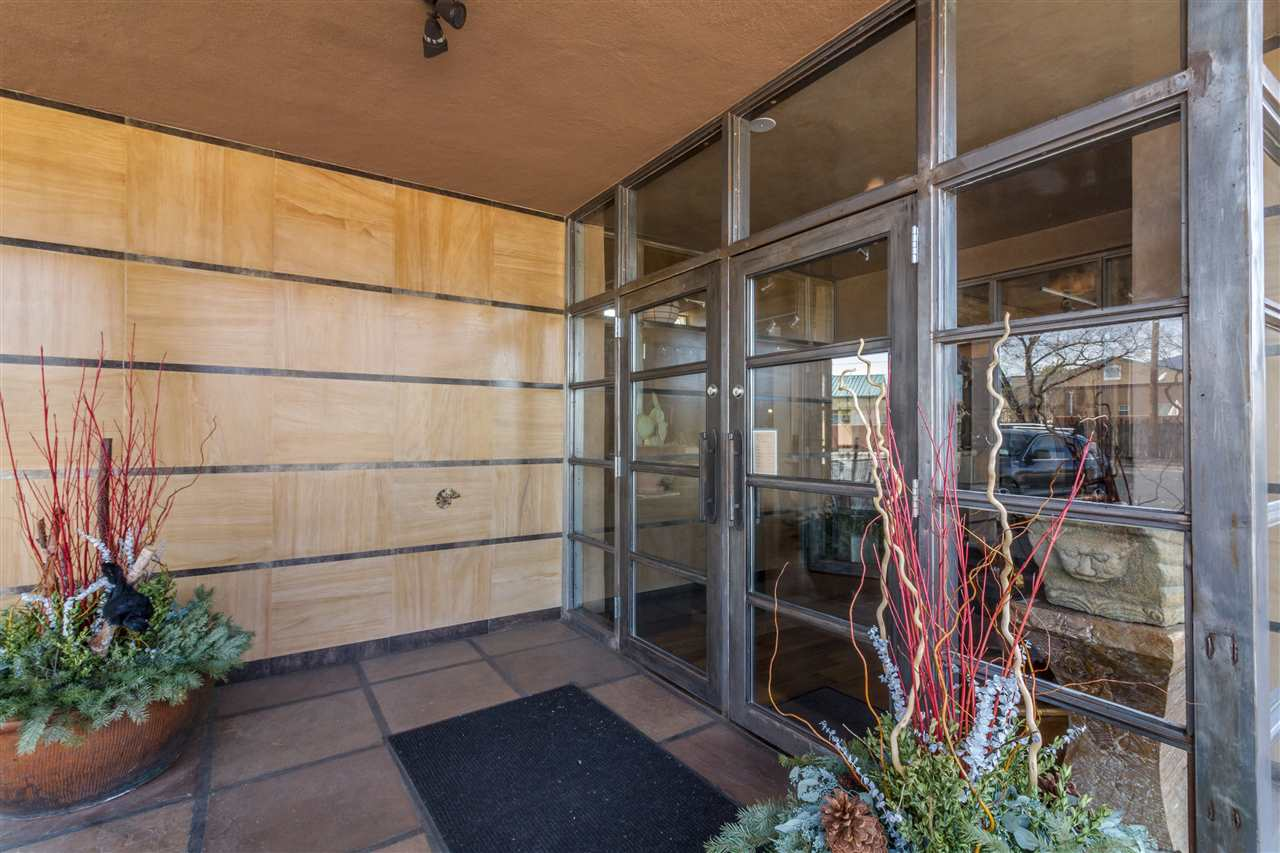 111 N St Francis Drive Santa Fe Nm 87501 Sotheby S