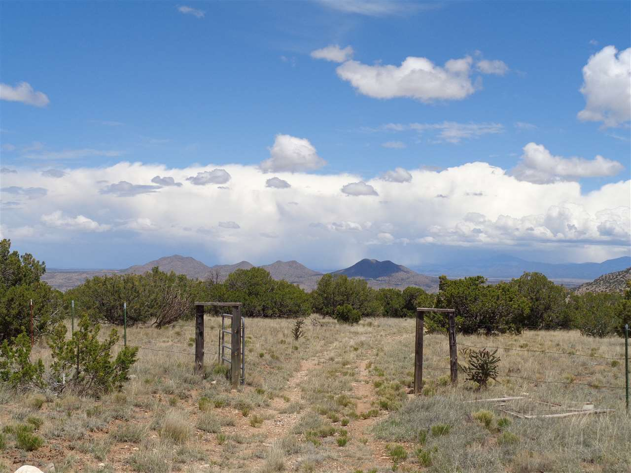 Madrid Nm Property For Sale