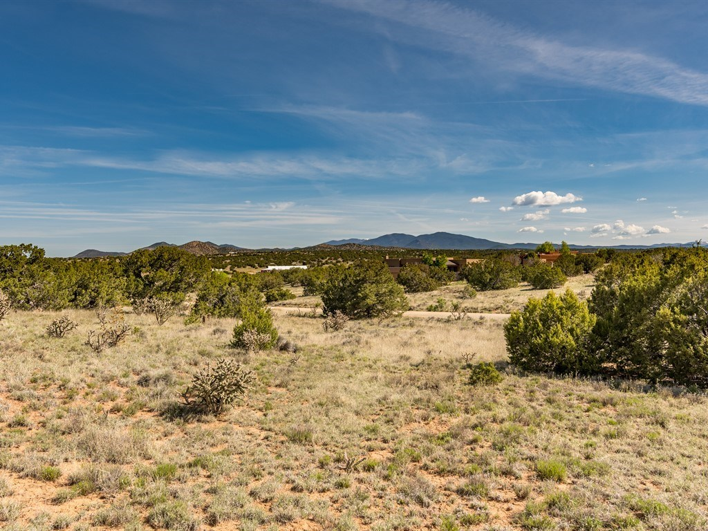 11 REMEDIOS Road Lamy, NM 87540