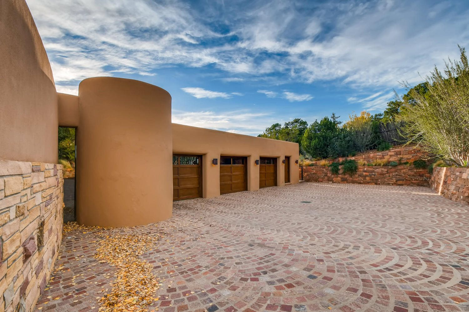 1432 Old Sunset Trail Santa Fe, NM 87501