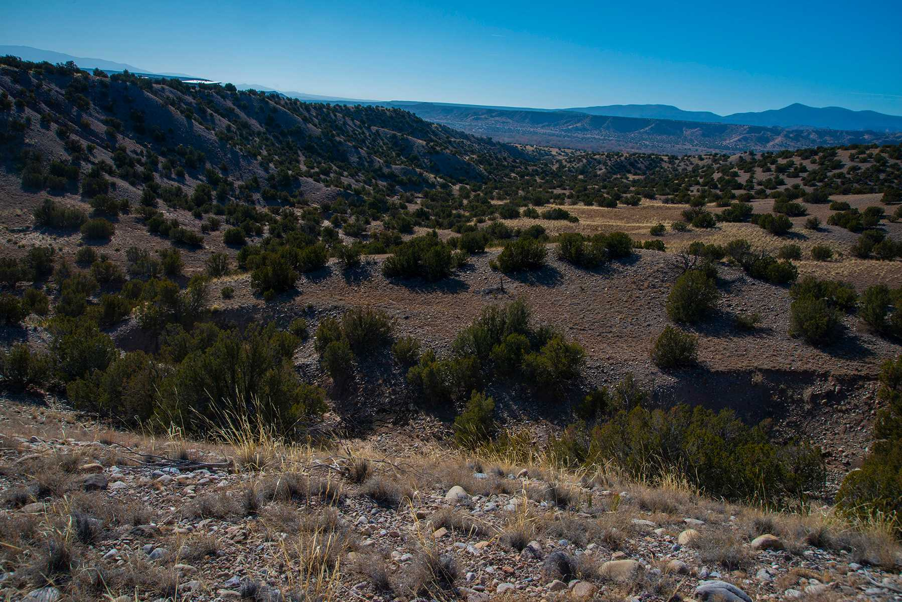 25 Hunter Drive Medanales, NM 87548