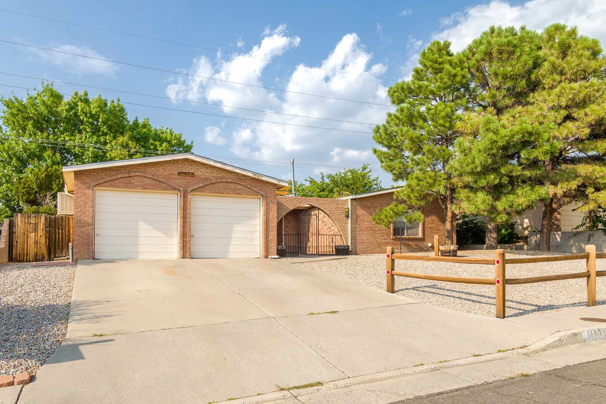Location! Location! Wonderful super clean move in ready 3bed/2bath 2 car garage home in the Northeast Heights. Large bedrooms, 2 living areas, huge xeriscaped front and back yards. This property checks all the boxes. The garage is finished and has heat and cooling too!