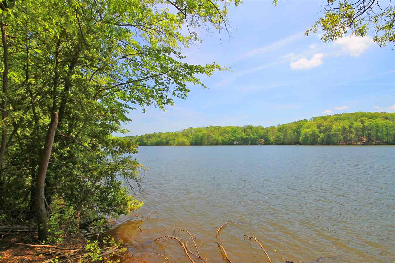 2062 Frontage Road Greenville and Spartanburg Home Listings - Joanna K Realty, Inc Real Estate