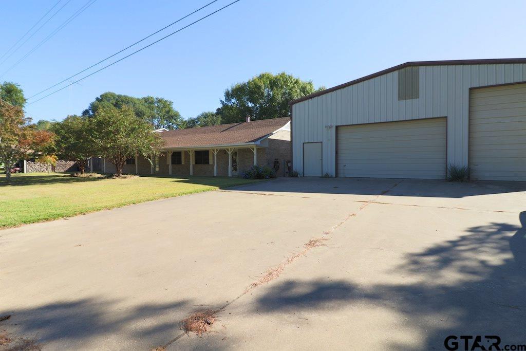 22226 Big Oak Drive, Flint, TX 75762
