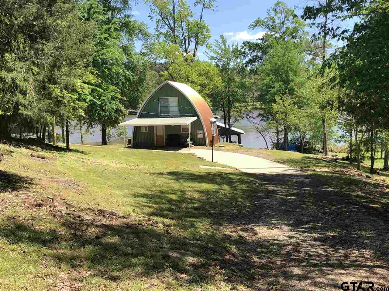 1325 S Lake
