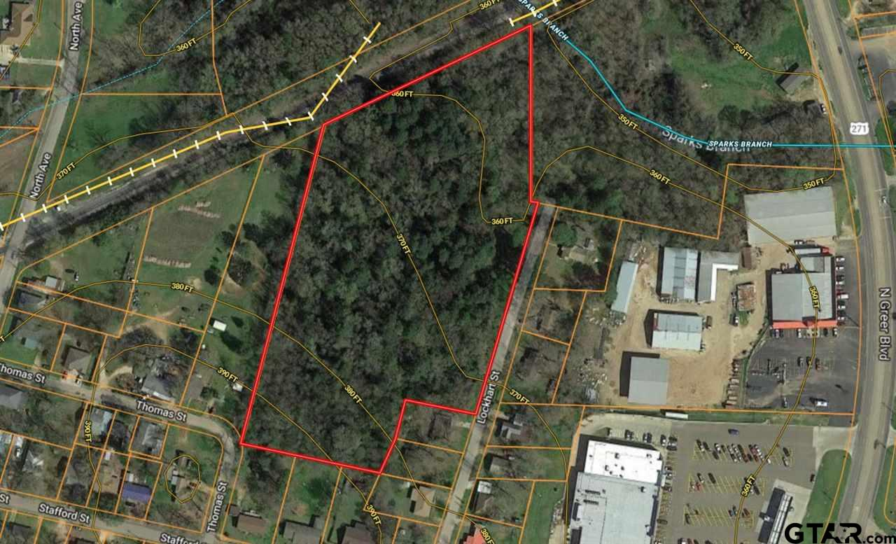 Large tract behind Brookshires available on Lockart Rd in Pittsburg.