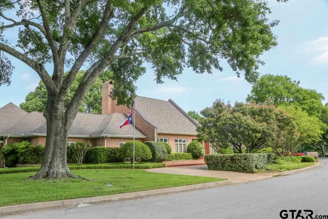 Photo for MLS Id 10121220 located at 6407 Hollytree Circle
