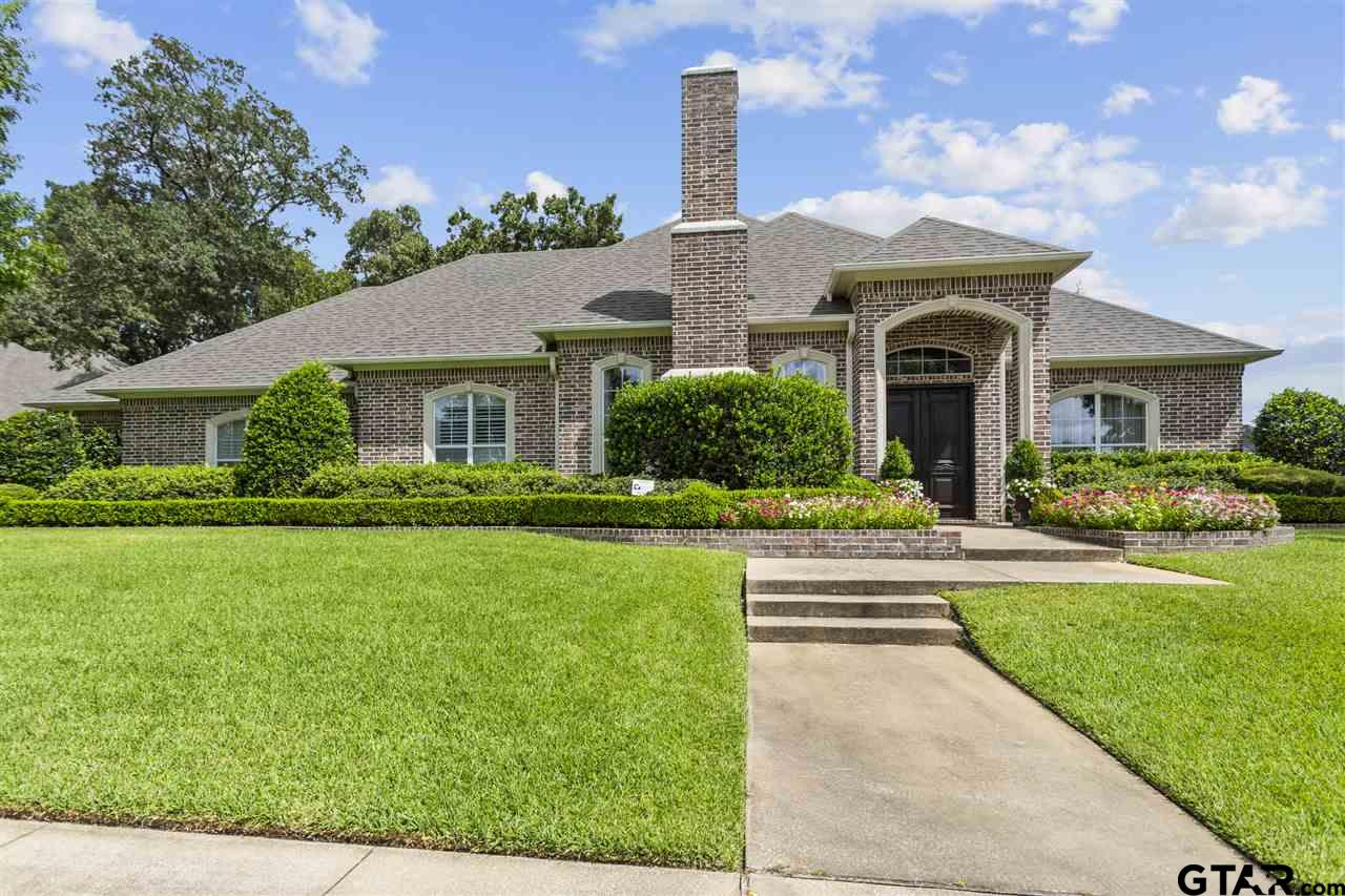 Photo for MLS Id 10124303 located at 2013 Holly Leaf Dr