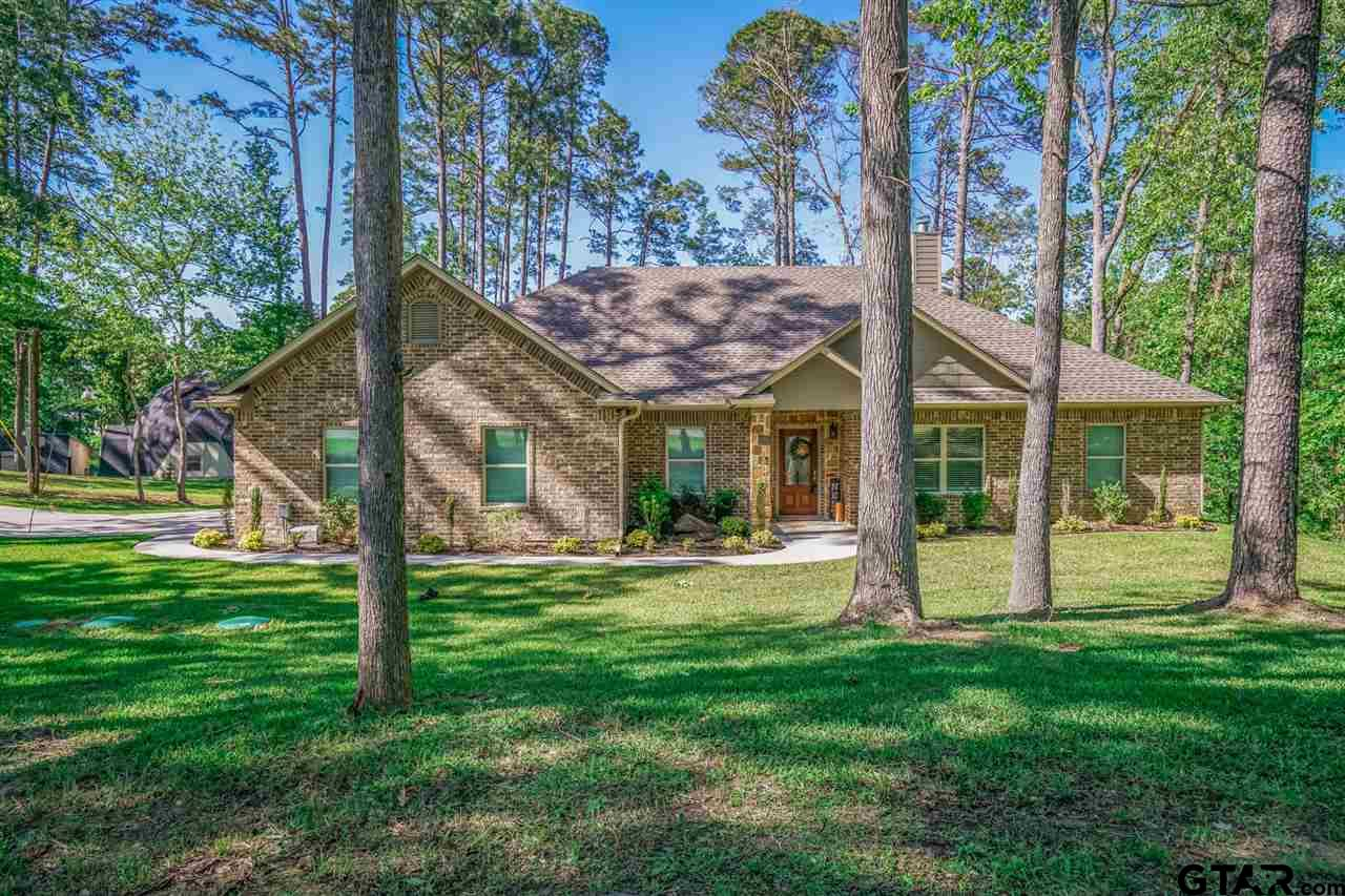 384 S Forest Lake