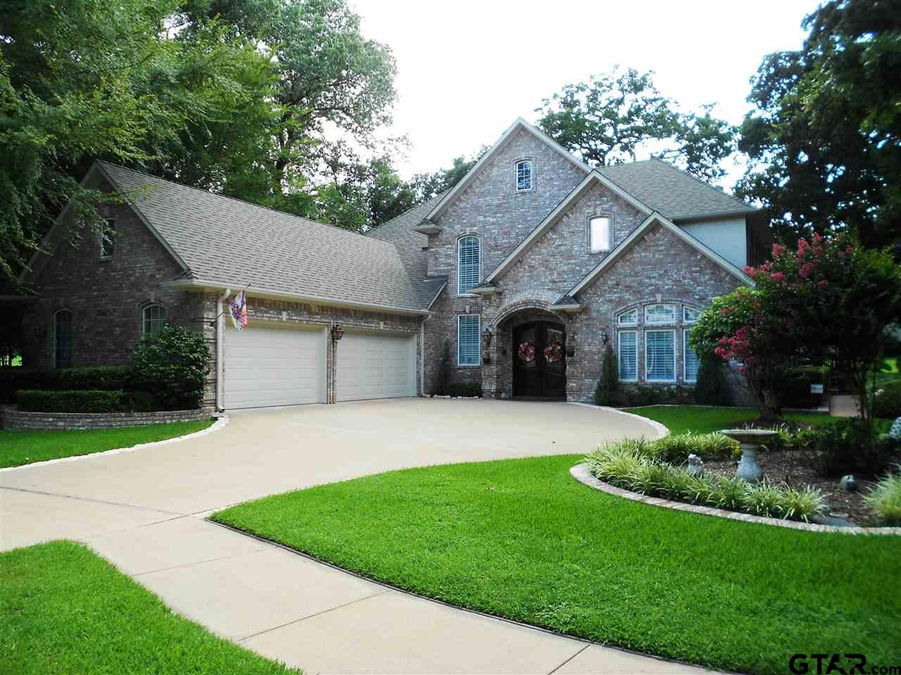 Photo for MLS Id 10126850 located at 178 Dogwood Lakes Circle