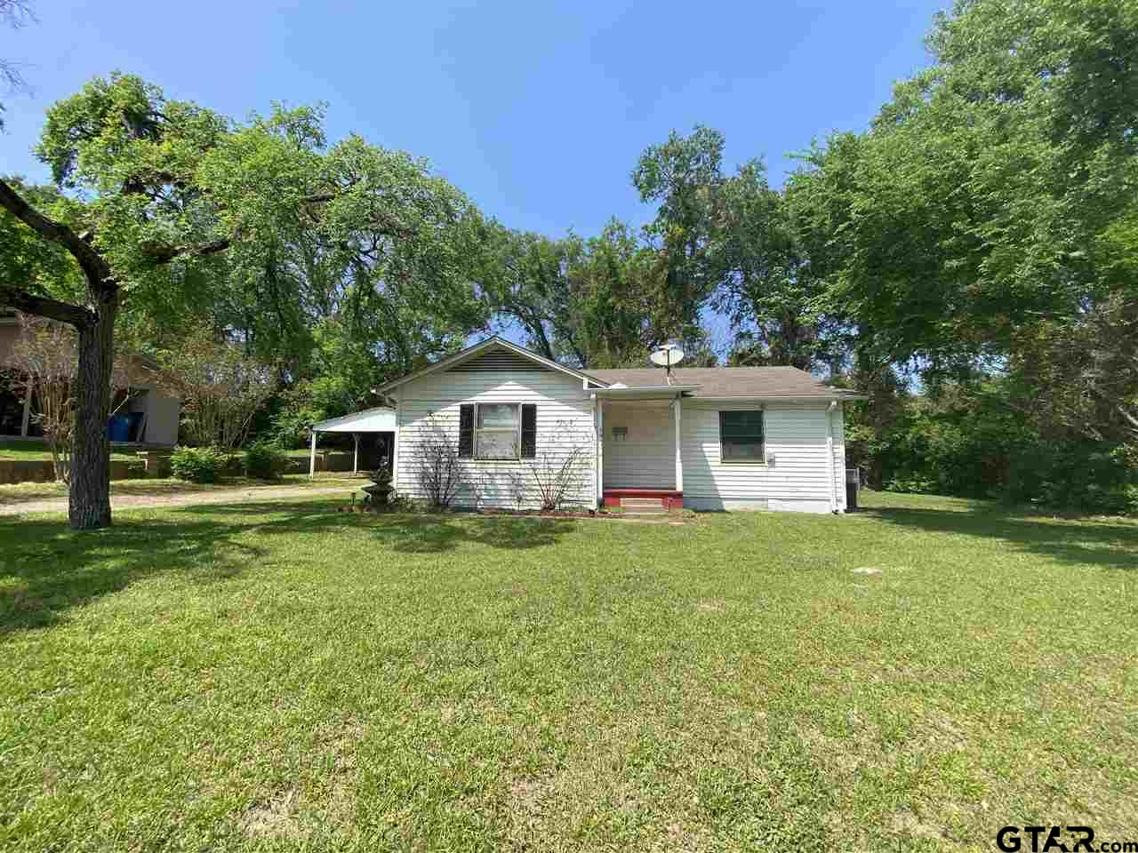 Photo for MLS Id 10133533 located at 211 McKay St.