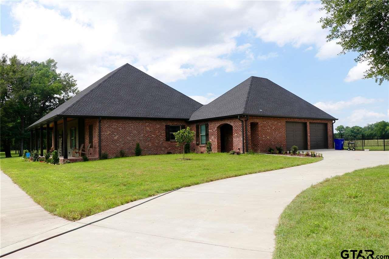 Photo for MLS Id 10137133 located at 501 FM 1995