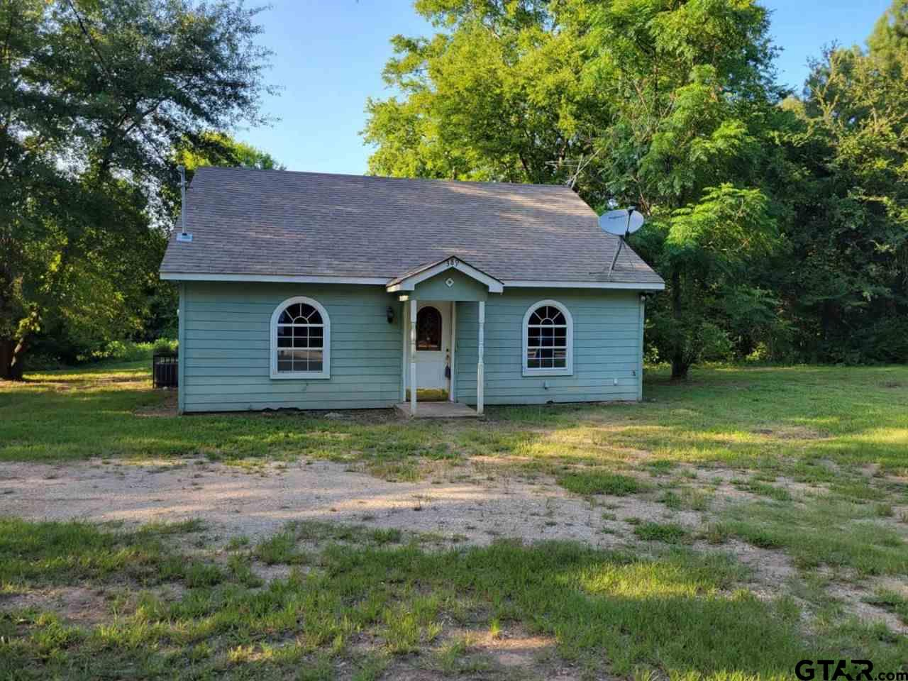 2 Bedroom - 1 Bath - 2 Car Carport  Cozy Cottage Close to Everything Hawkins Has to Offer, Needs Work But Has Good Bones