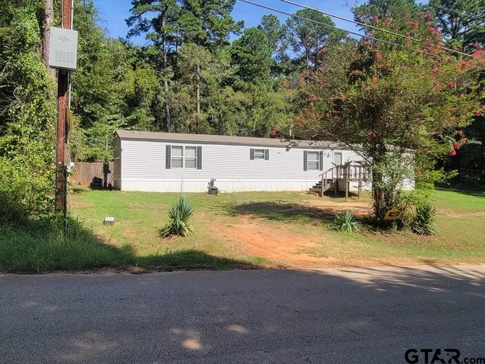 Photo for MLS Id 10140404 located at 19615 Eastern Hills Dr.